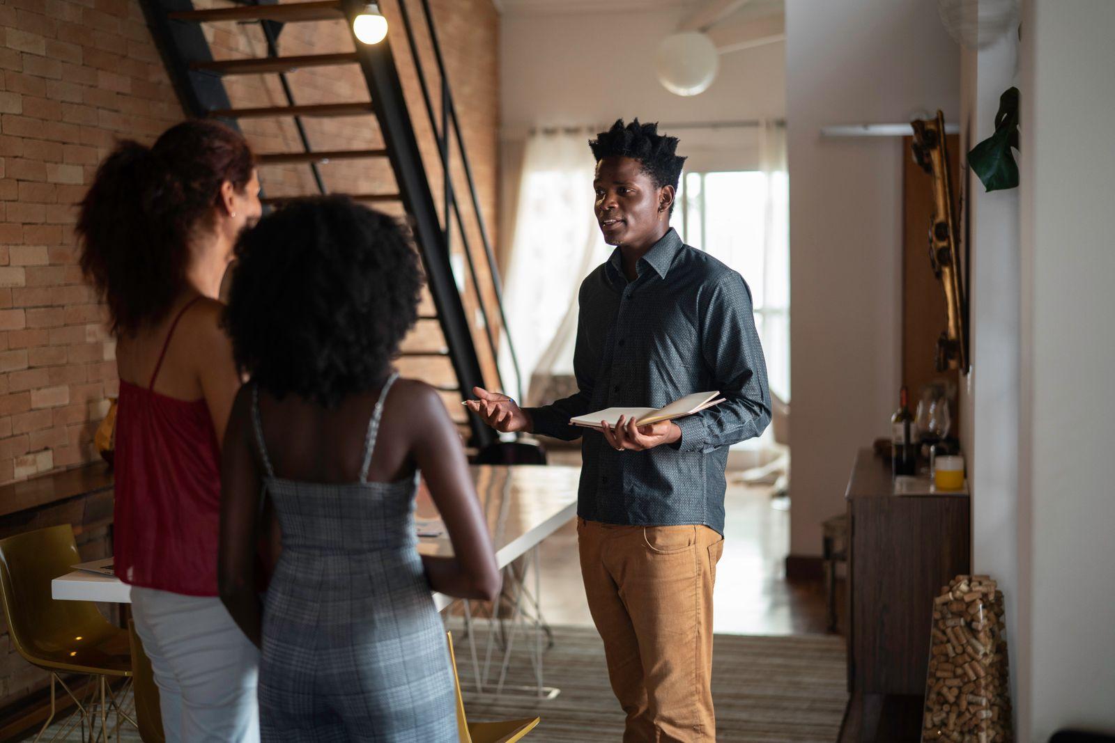 visite appartement pour trouver le prochain locataire ou la prochaine locatrice