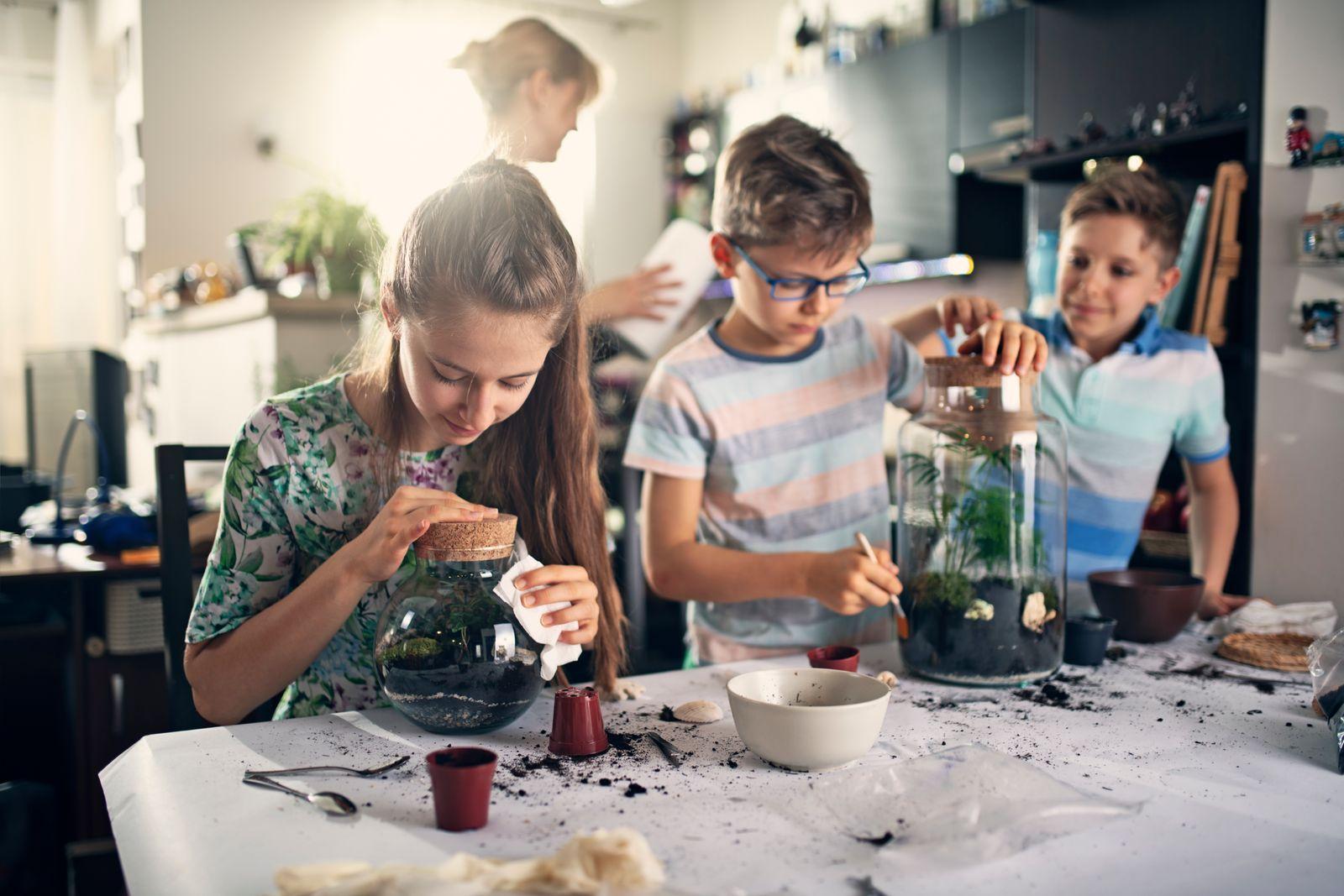 créer sa propre décoration en famille